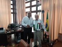Brasil: Representante del Frente POLISARIO es recibido en la sede  Asociación Brasileña de Imprenta Rio de Janeiro, 19 de octubre de 2019(SPS)-. El presidente de la ABI (Asociación Brasileña de Imprenta (PRENSA), Paulo Jerônimo, se reunió en la sede de la entidad, con Emboirik Ahmed, representante del Frente Polisario para Brasil, según fuentes de la Asociación Brasileña de Prensa. En la reunión, Emboirik sintetizó la historia del Frente Polisario y su lucha por la independencia del territorio de Sahara Occ